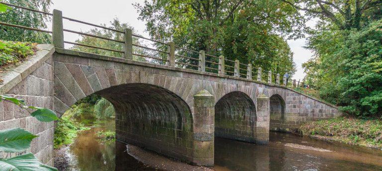 Die Chaussee Altona–Kiel: Verkehrsachse, Denkmal, Biotop