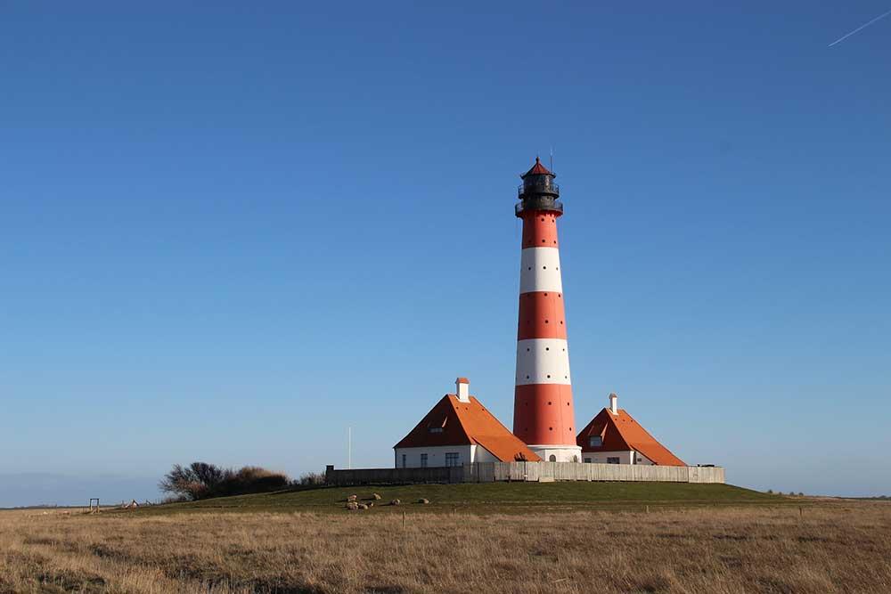 Leuchtturm-westerhever-Eiderstedt-mischroeder-pixabay