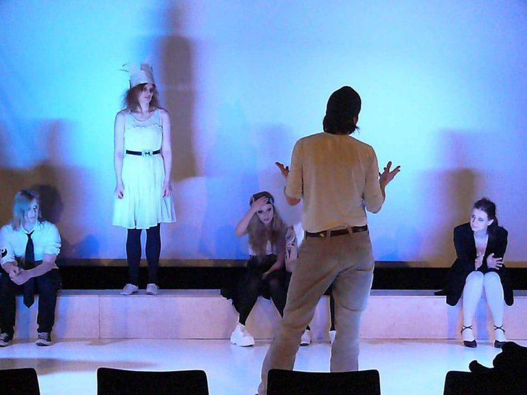 Die Schule für Schauspiel in Kiel – Rolf-Peter Carl im Gespräch mit dem Leitungsgremium