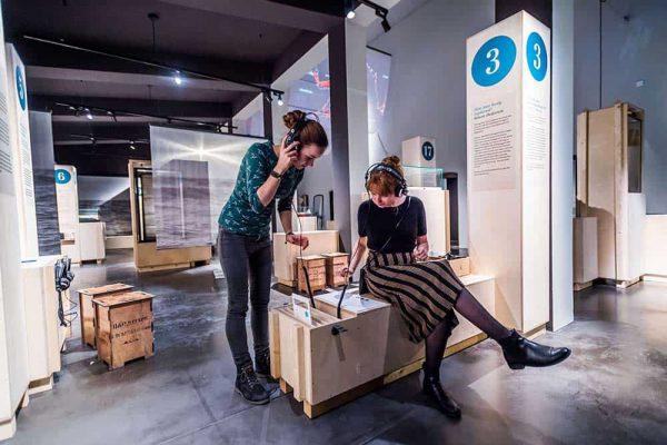 Blick in die Ausstellung Stoertebeker Konsorten Foto Olaf-Malzahn03